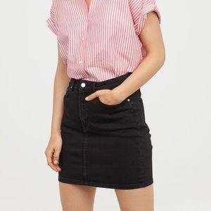 H&M | Black Denim Skirt